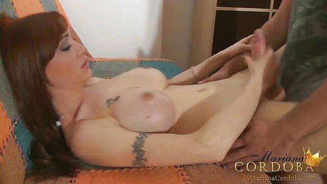 कराह रही पोर्न स्टार एक बहुत मोटा गधा सेक्सी वीडियो इंग्लिश मूवी है