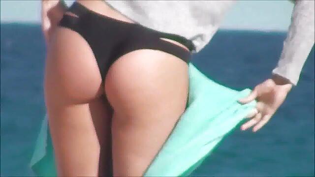 घर पर युवा, और वीडियो पर उनके सेक्स इंग्लिश की सेक्सी मूवी लिखना