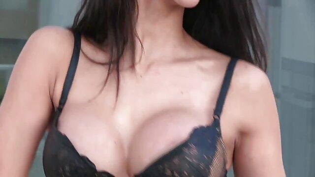 भेदी मोजे एक मोटी के लिए एक इंग्लिश सेक्सी वीडियो एचडी फुल मूवी छेद विकसित